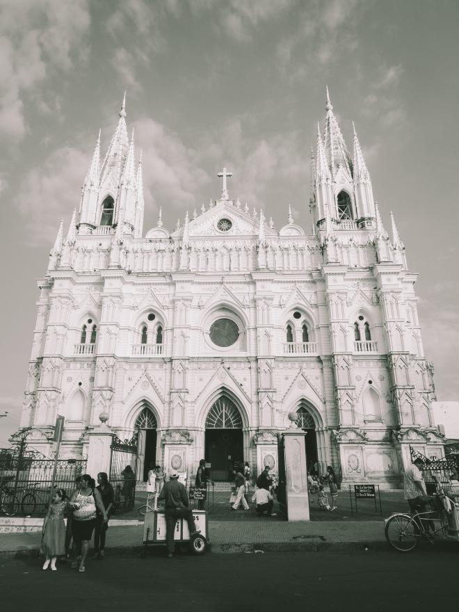 着いたのは、サンタアナの教会でした。