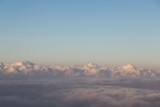 雲の上にいます